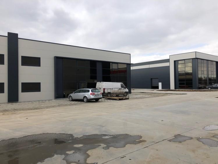 Spatii industriale cu birouri de inchiriat zona Sud - Magurele, Bucuresti 1460 mp