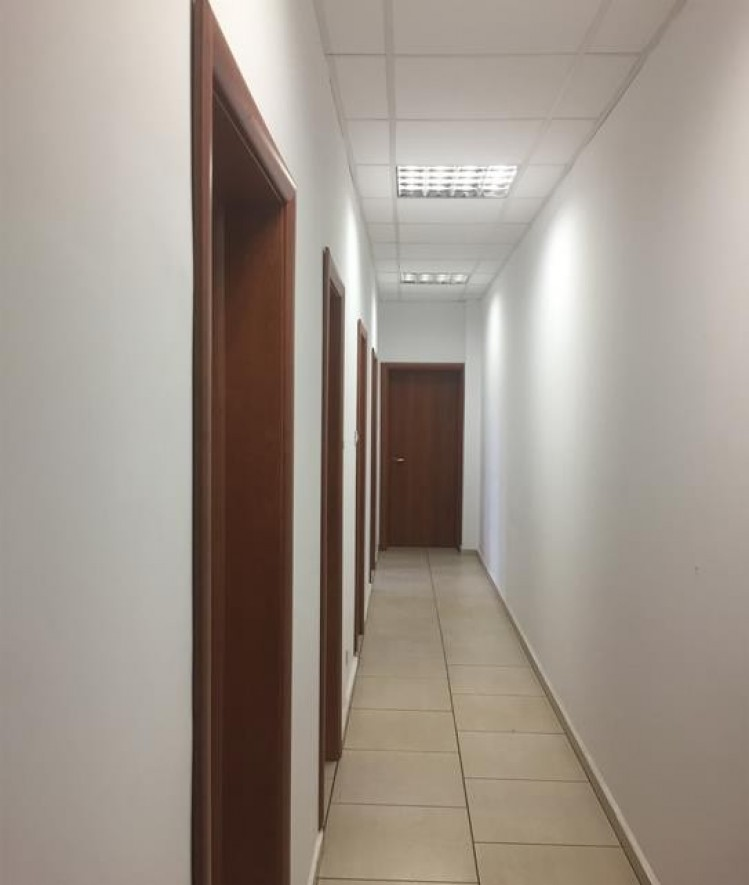 Spatiu comercial de inchiriat zona Calea Grivitei, Bucuresti 202 mp