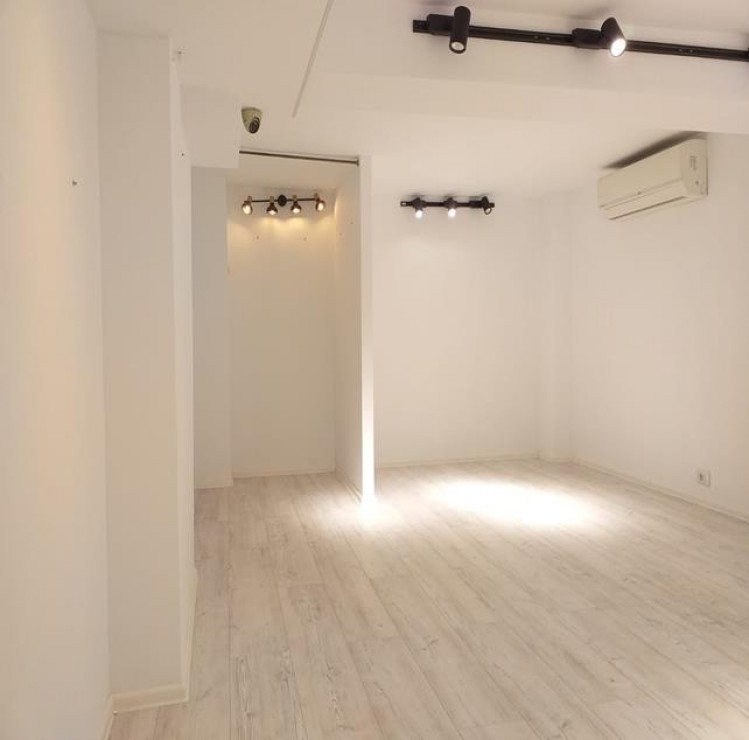 Commercial space for rent Calea Victoriei area, Bucharest 47.6 sqm