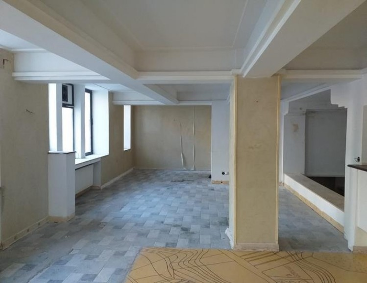 Commercial space for sale Universitate - Intercontinental area, Bucharest