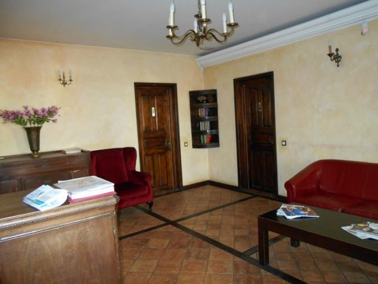 Commercial space for sale Romana Square, Bucharest 576 sqm