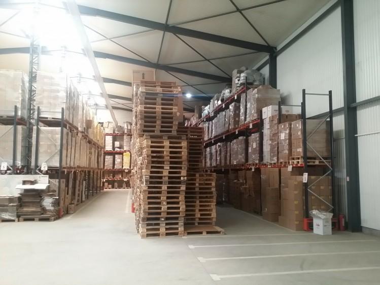 Spatiu industrial de vanzare zona Voluntari, judetul Ilfov 1.940 sqm