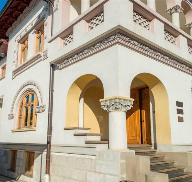 Vila de inchiriat 12 camere Dorobanti - Capitale, Bucuresti 710 mp