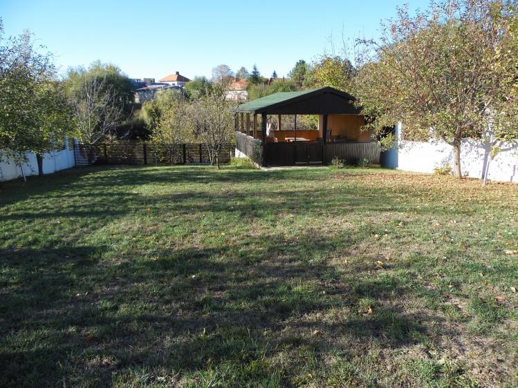 Vila de inchiriat 5 camere cu deschidere la lac zona Iancu Nicolae, Bucuresti 250 mp
