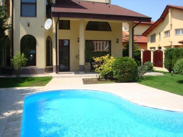 Vila de inchiriat 5 camere zona Pipera, Bucuresti 280 mp