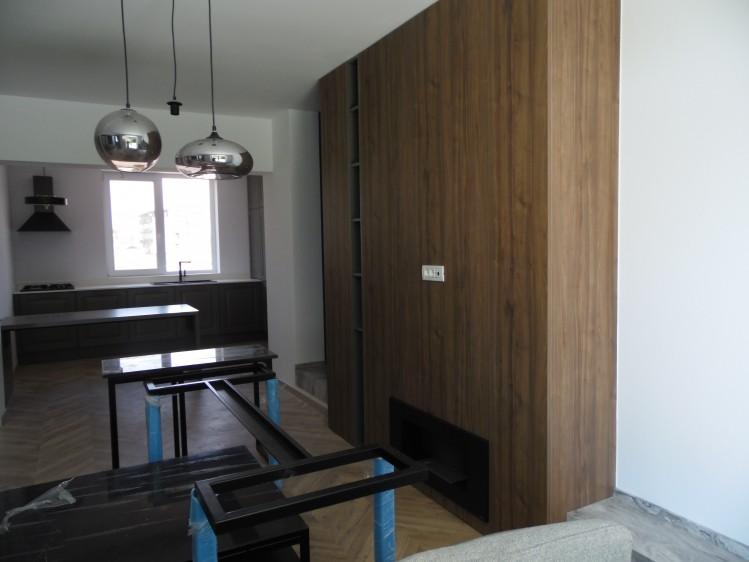 Vila de inchiriat 5 camere zona Pipera - Padurea Andronache, Bucuresti 193 mp