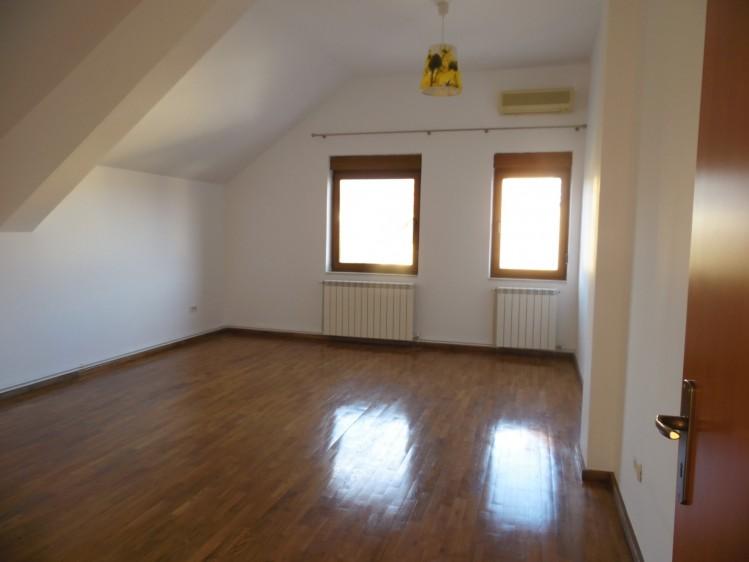 Vila de inchiriat 6 camere zona Baneasa - Iancu Nicolae, Bucuresti 370 mp
