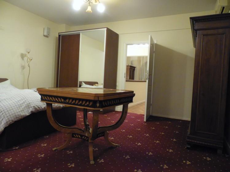 Vila de inchiriat 6 camere zona Herastrau - Nordului, Bucuresti 450 mp