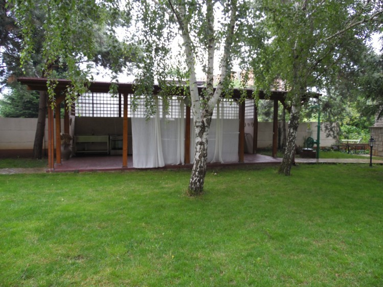 Vila de inchiriat 7 camere zona Otopeni - Balotesti, Bucuresti 500 mp