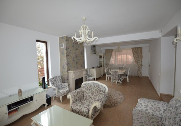Vila de vanzare 4 camere zona Otopeni, Ilfov 145 mp