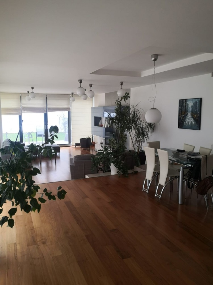 Vila de vanzare 5 camere zona Baneasa, Bucuresti 350 mp
