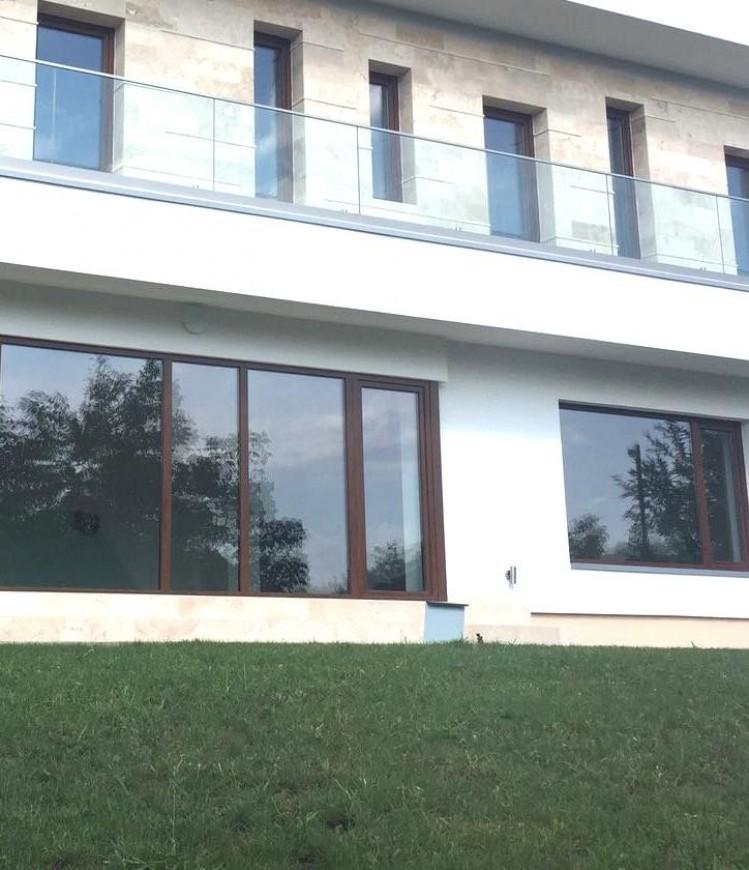 Vila de vanzare 5 camere zona Pipera, Bucuresti 289 mp