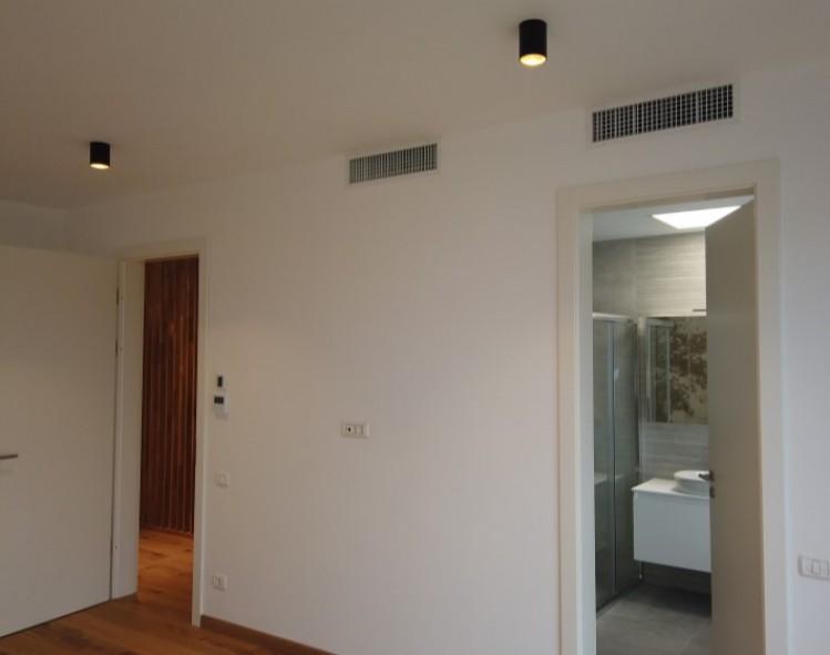 Vila de inchiriat 5 camere zona Pipera/Iancu Nicolae 218 mp