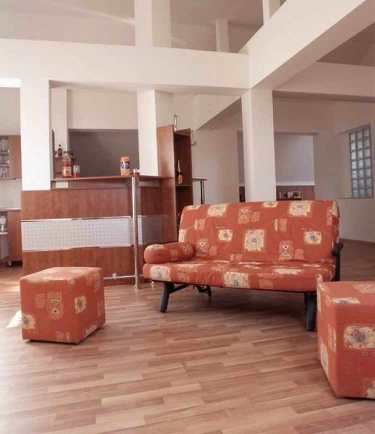 Vila de vanzare 6 camere zona Drumul Taberei, Bucuresti 460 mp