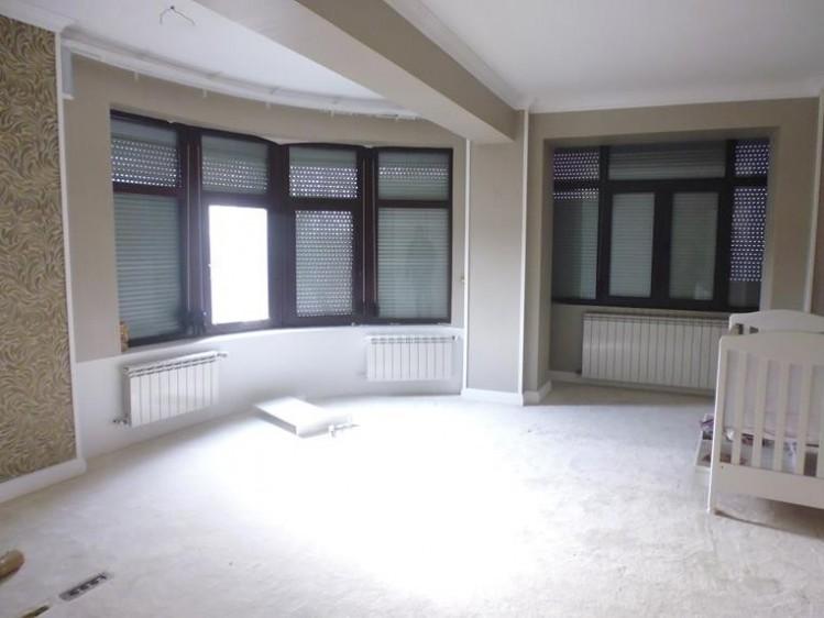 Vila de vanzare 8 camere zona Vitan-Splaiul Unirii, Bucuresti 580 mp