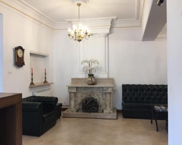 Spatii birouri de inchiriat in vila zona Izvorul Rece - Calea Calarasilor, Bucuresti 343.32 mp